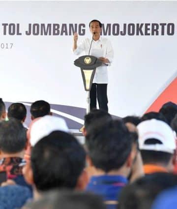Photo of Jokowi, Saya Tidak Mau Jika KPK Diperlemah