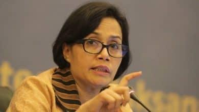 """Photo of Sri Mulyani """"Tak Ingin Polisi Cari Uang Dijalan"""", Anggarannya Sudah Besar"""