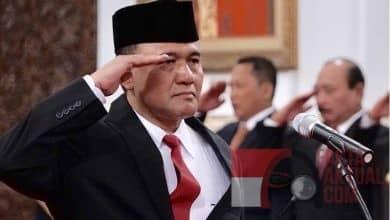Photo of Saling Mengadu, Fredrich Adukan Irjen Heru Winarko ke Propam