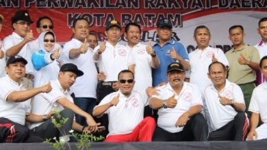 Photo of Undang Insan Pers, Ketua DPRD Batam Apresiasi Kinerja Pansus LKPJ Walikota Batam