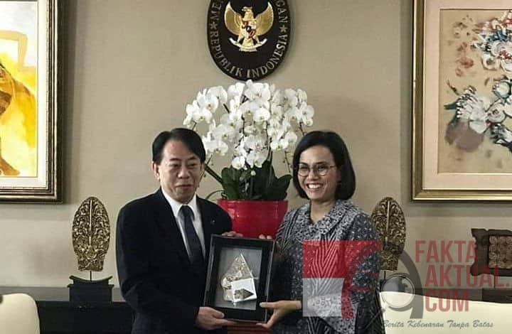 Photo of Kunjungan Presiden ADB Pertama Ke Indonesia Disambut Menkeu