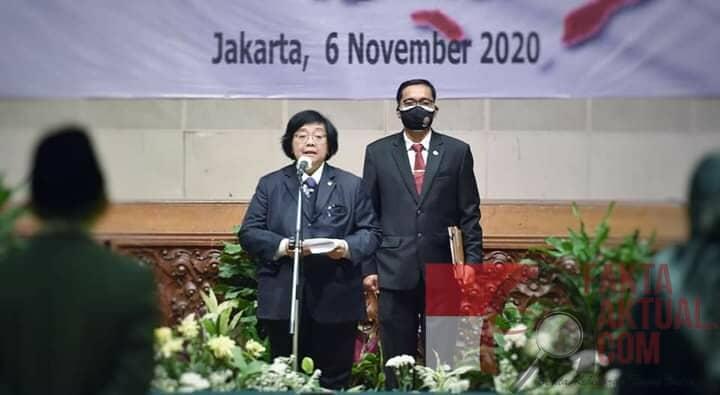 Photo of Lantik Pejabat KLHK, Menteri Siti Nurbaya Minta Jajarannya Dukung PEN dan Pemulihan Lingkungan